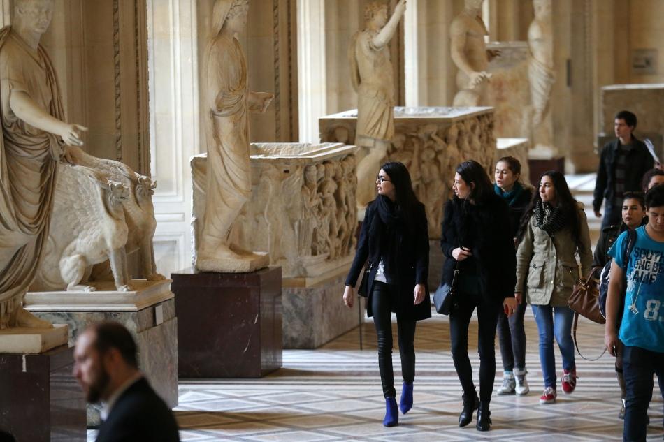 Louvre1aB